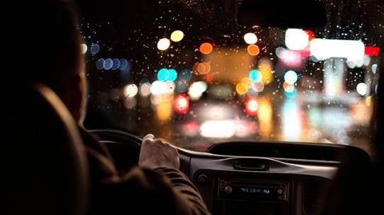 Auto škola Fest – Noćna vožnja kao mogući rizik