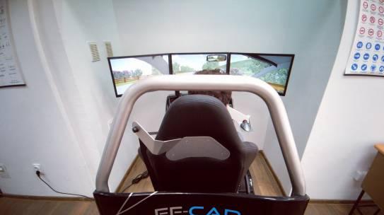 Simulator vožnje u obuci vozača  – Auto škola Bulevar